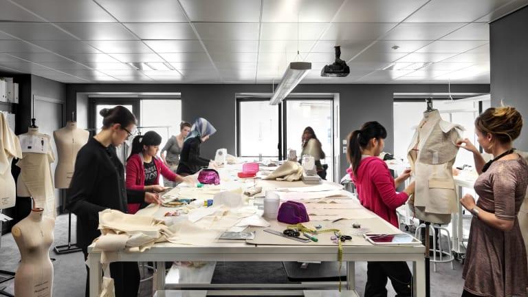 رشته دانشگاهی طراحی لباس
