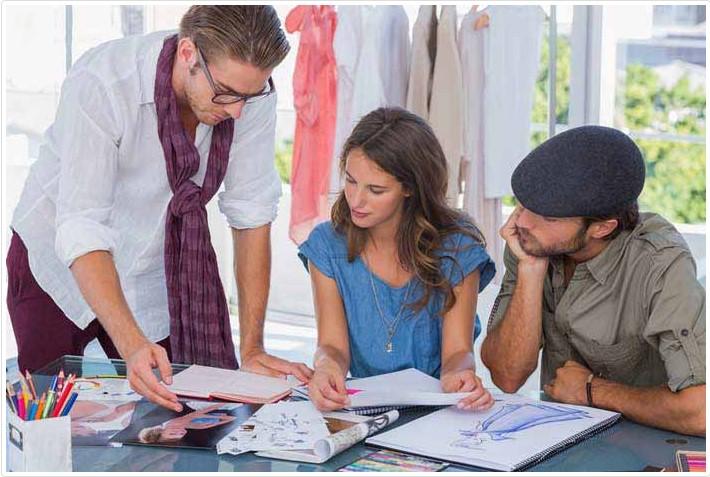 بسته آموزش طراحی لباس کمک می کند که مهارت های خود را توسعه دهید