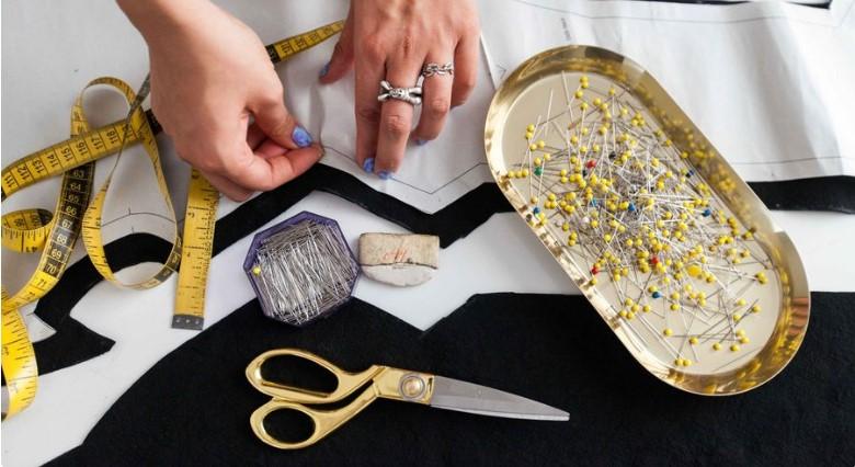 آیا باید رشته طراحی لباس را به صورت آکادمیک پیش برد؟